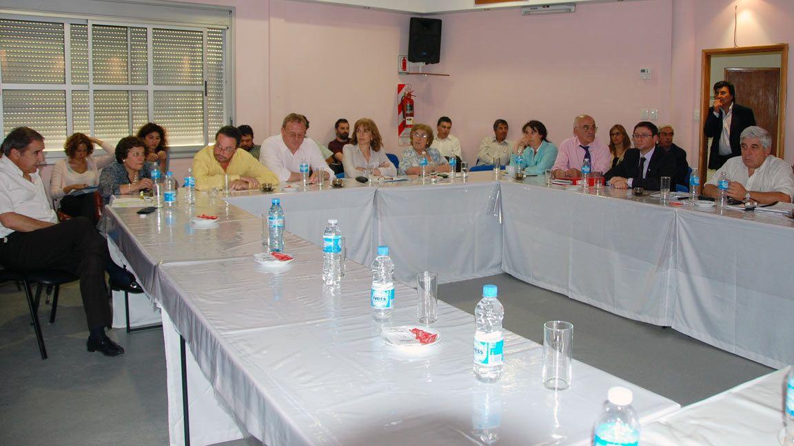 Presupuesto 2011: El Ministro de Hacienda dio un informe