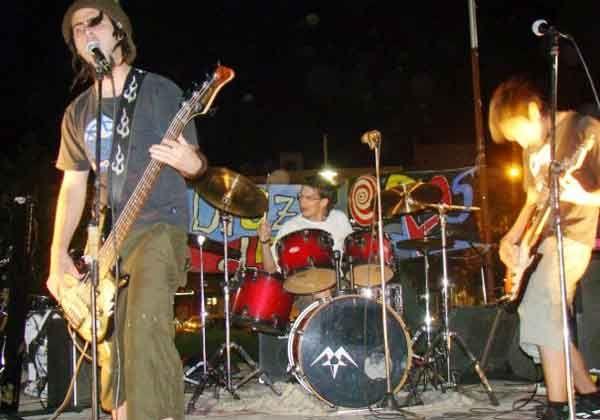 El Ministerio de Familia invita a bandas a participar del Pre Cosquín Rock