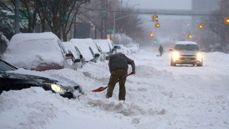 Estados Unidos: la tormenta invernal dejó a millones de personas sin electricidad