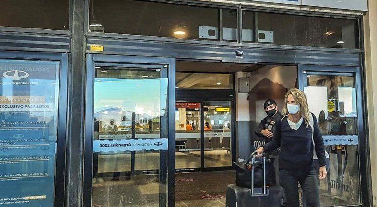 Llegó a Bariloche el primer avión comercial con 150 pasajeros