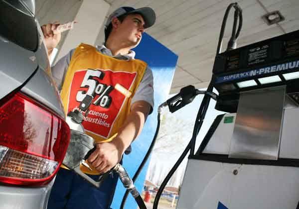 La escasez de naftas vuelve a castigar a los cipoleños