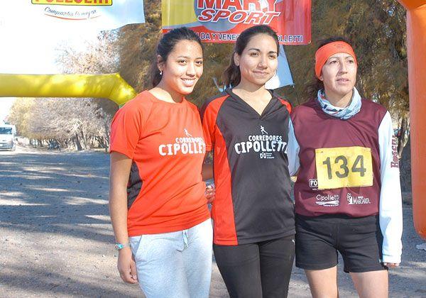 Moya y Urrutia se quedaron con el trekking en El 30