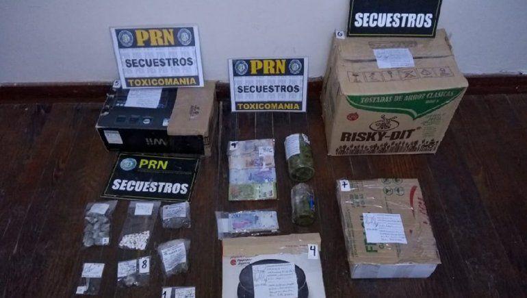 Desarticulan puntos de venta de droga en Villa Regina y Viedma