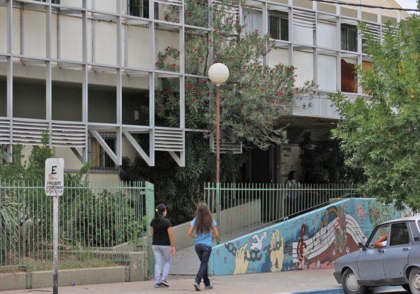 Varias instituciones educativas de la ciudad no comenzarán las clases el martes