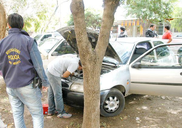 Secuestraron dos autos robados