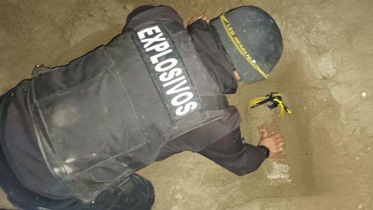 Un peligro: encontraron en San Antonio Este un proyectil de artillería militar