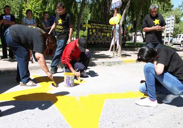 Estrellas Amarillas recordó a víctimas