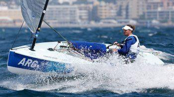 Olezza tomó la posta de Lange y Carranza: ¿Quién es el argentino con chances de medalla en vela?