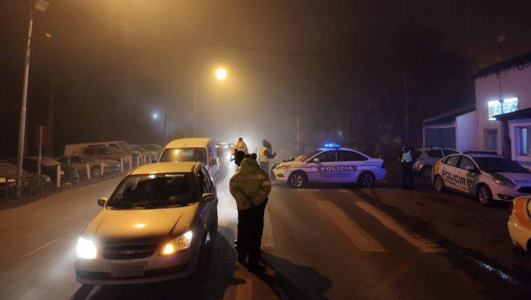 Ni el frío ni la niebla pararon los controles de alcoholemia en las rutas del Alto Valle