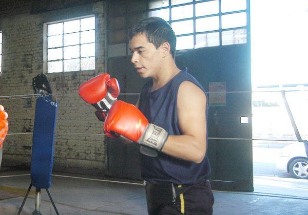 Se realiza el pesaje para el retorno oficial del boxeo a Cipolletti