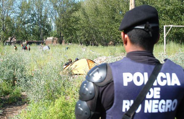Policía busca neutralizar una nueva toma en Cipolletti