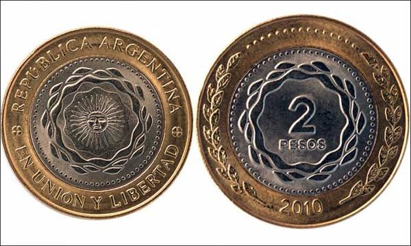 Comienzan a circular las monedas de dos pesos