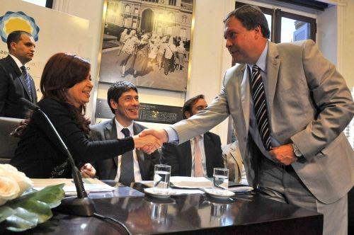 El Gobernador remarcó la importancia del acuerdo del BID