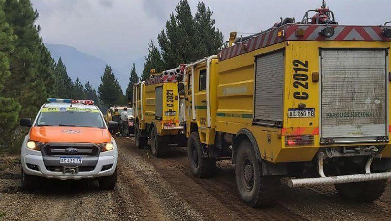 La lluvia ayuda a combatir el fuego de bosques en El Bolsón