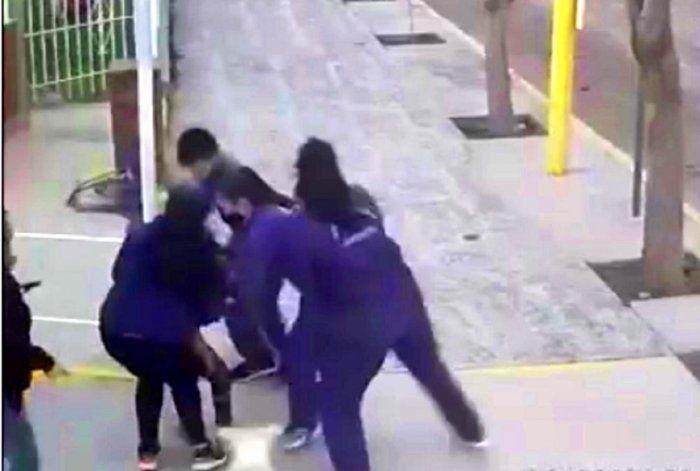 Bomberos de Centenario salvaron a una niña atragantada con una bolita