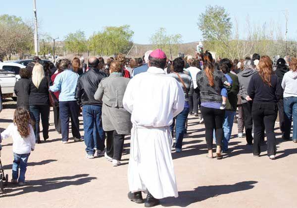 Una gran cantidad de cipoleños veneró a la virgen del Rosario de San Nicolás en el paraje El 30