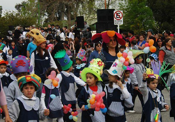 Ya son 160 las instituciones que participarán del desfile
