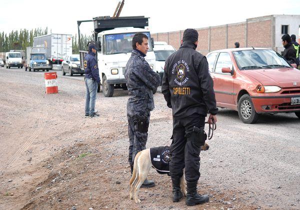 Operativo policial preventivo en la Ruta 22 y Salto