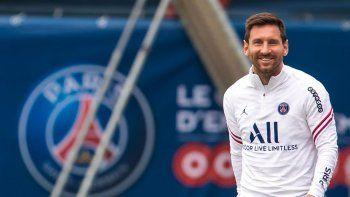 Lionel Messi debuta en Champions con la camiseta del PSG.