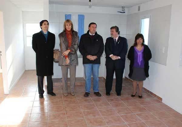 Cristina y Weretilneck unidos en la entrega de viviendas