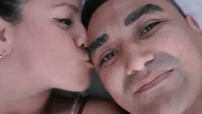 Salió de la cárcel y subió una selfie con la esposa de su compañero de celda