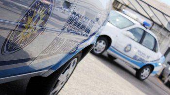 policia quiso acuchillar a su pareja y prender fuego una casa