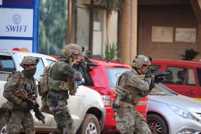 Al menos 160 civiles asesinados en ataque terrorista