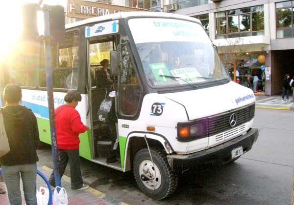 Críticas al servicio de ómnibus urbano