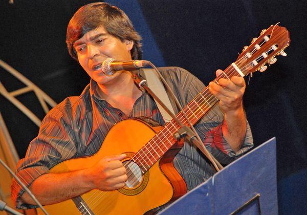 Rolando Lobos cantará con Rubén Patagonia en Cosquín