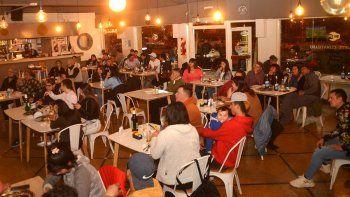 rio negro: ampliaron el horario de bares y restaurantes