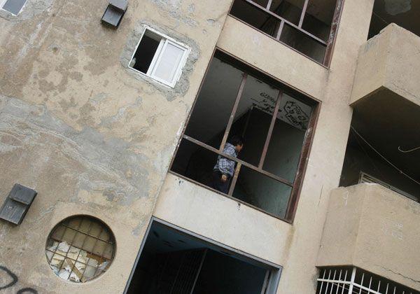 Vecinos del barrio La Paz se quejan por el estado de los edificios