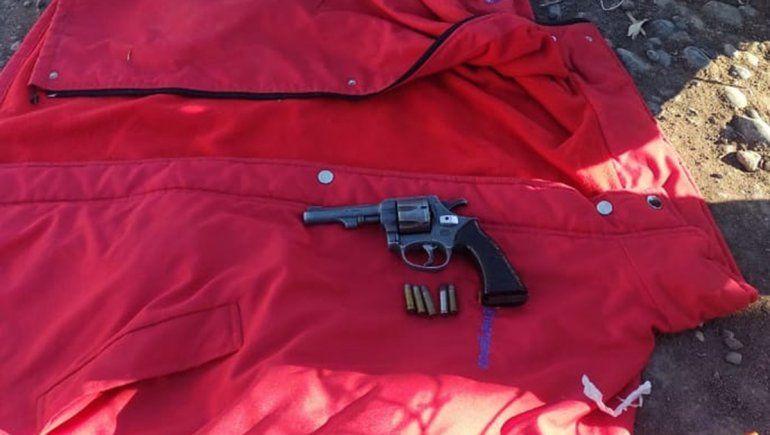 Detuvieron a un motociclista y le encontraron un arma de fuego