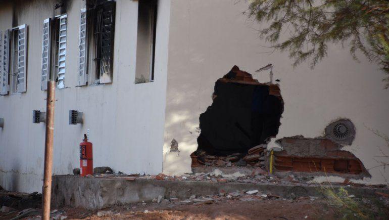Sigue muy grave la maestra herida en la explosión de la escuela