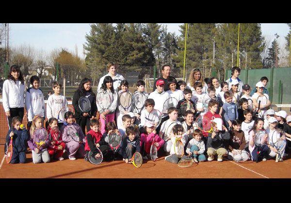 Las escuelas de tenis tuvieron encuentro