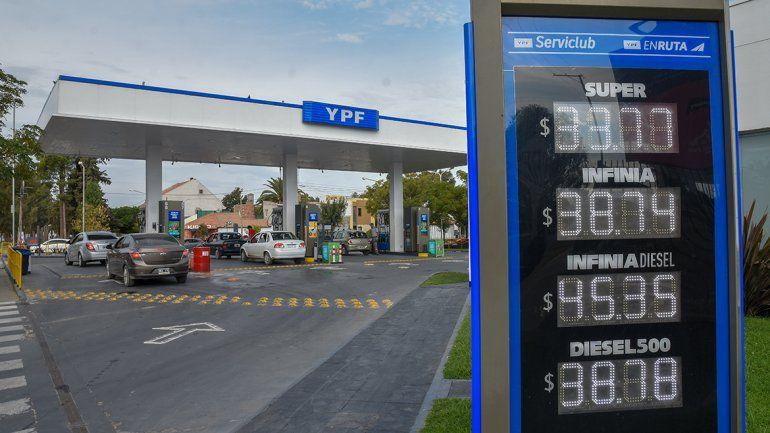 Así quedó la grilla de precios de las naftas en la región