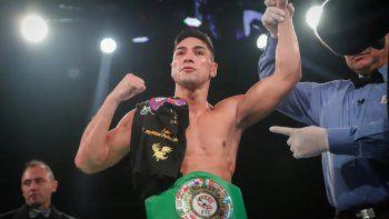 Díaz, a lo Tyson: mordió a Silva y fue descalificado
