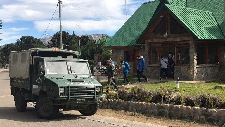 Chilenos ingresaron de forma ilegal y acampaban en Villa Pehuenia