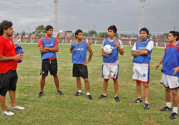 Comienza el desafío en el fútbol federal