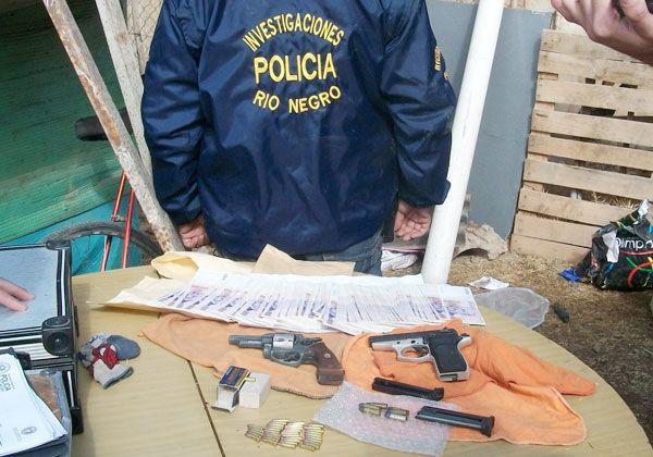 Investigan procedencia de armas