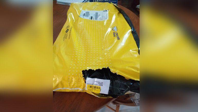 Roca: compró un ukelele en Mercado Libre y le enviaron una almohada