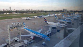 aerolineas denunciara a los pasajeros que evadan controles