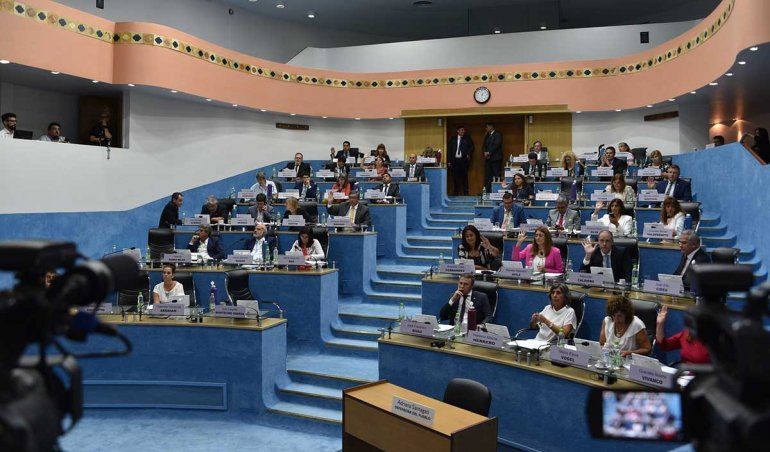 La Legislatura de Río Negro sesiona con presencialidad plena