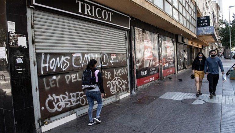 Pese a la impresionante campaña de vacunación, en Chile entrarán en cuarentena