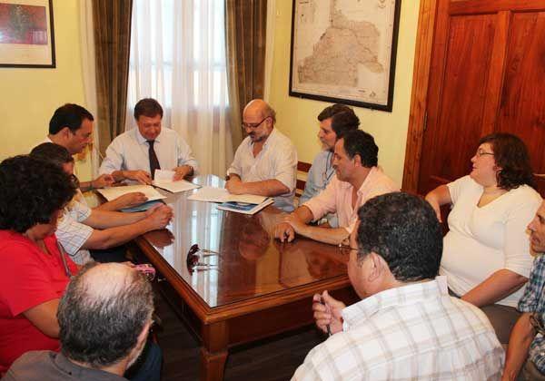 El Gobierno y la Unter firmaron acuerdo paritario integral