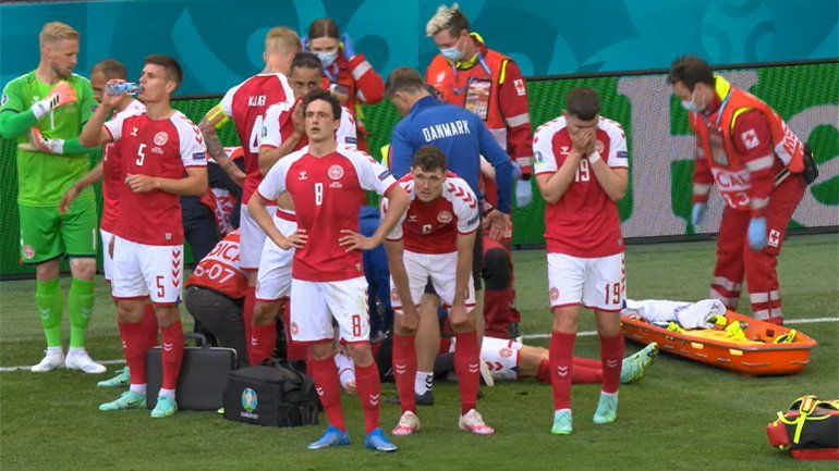 Dramático: jugador de Dinamarca se desplomó de un infarto