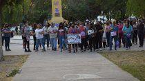 Expresiones de dolor e impotencia, en la marcha en pedido de justicia por el crimen de Carolina, al cumplirse un mes.
