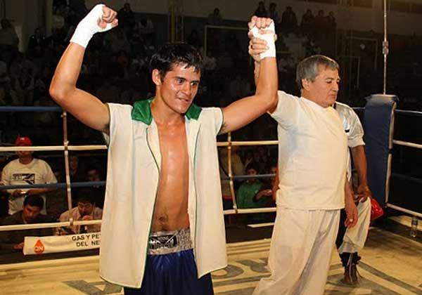 Noche de boxeo en Fernández Oro