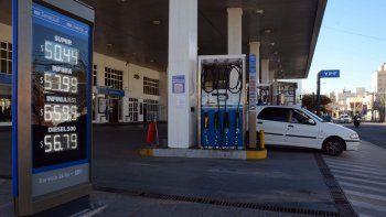 ypf ya aumento 3,5 por ciento los combustibles