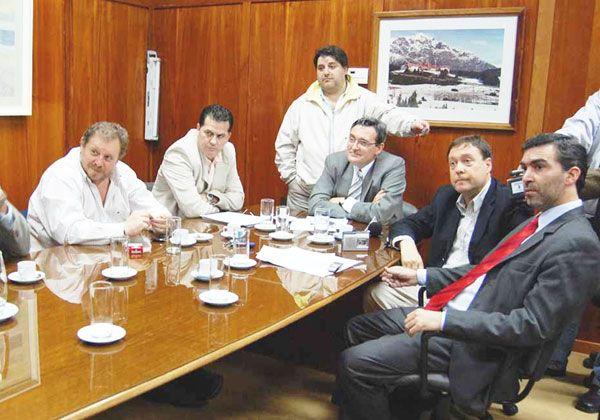 Weretilneck avaló ir a un consenso legislativo