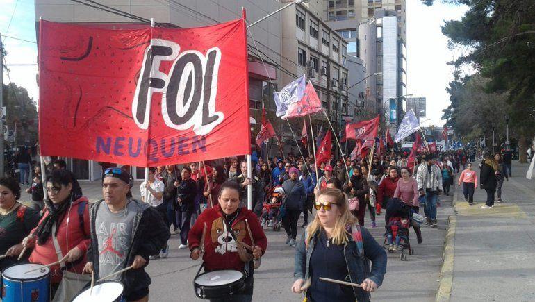 Organizaciones neuquinas protestarán lejos de los puentes